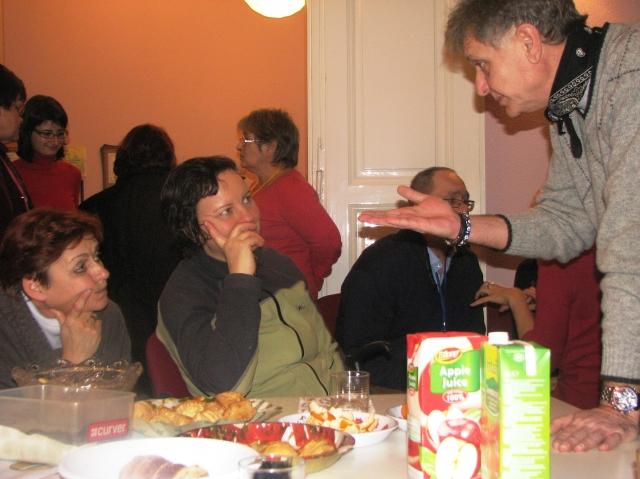 Karácsonyi ünneplés az Afázia Egyesület helyiségében