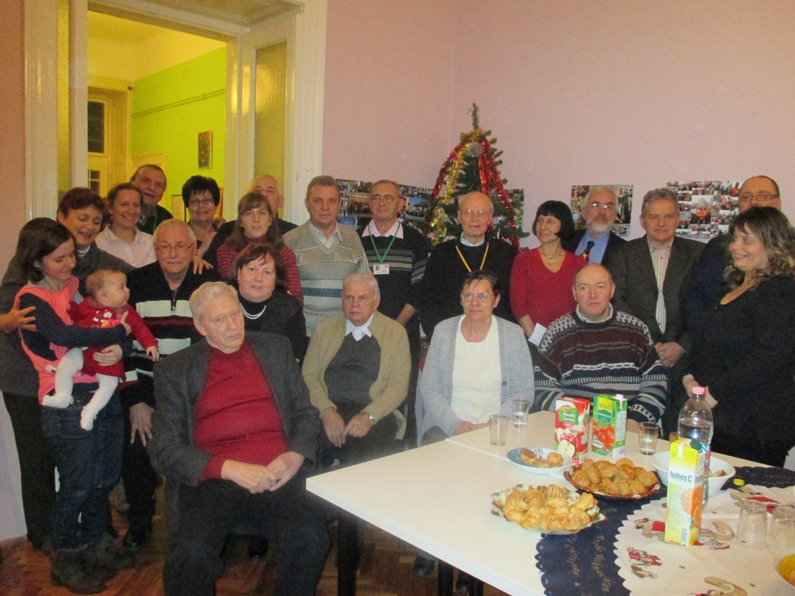 Afázia Egyesület karácsonyi ünneplése az Erzsébetvárosi Közösségi Házban